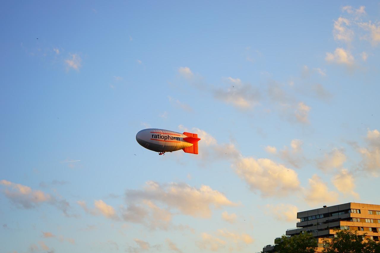 zeppelin-737044_1280